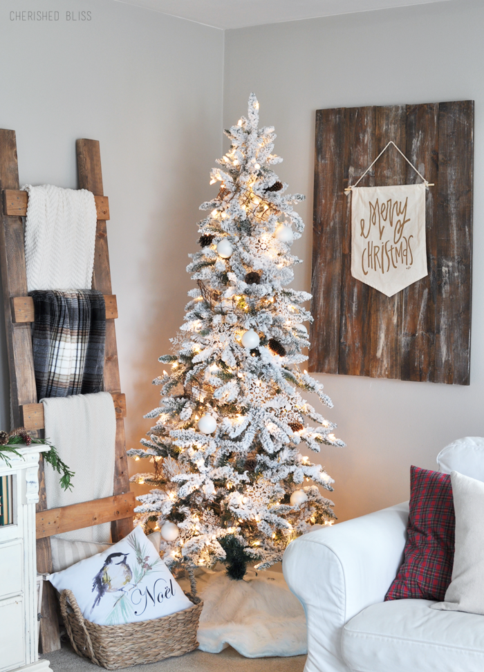 White-Christmas-Tree-in-Corner-700×972
